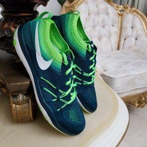 Nike Free TR Focus Flyknit Women's Training Shoes